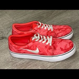 Nike Sb Satire Skateboarding